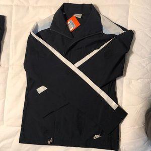 NWT women's Nike sweatsuit